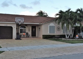 Foreclosed Home in Miami 33187 SW 179TH TER - Property ID: 4330457543