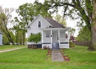 Foreclosed Home in Galesburg 61401 E 3RD ST - Property ID: 4330491257