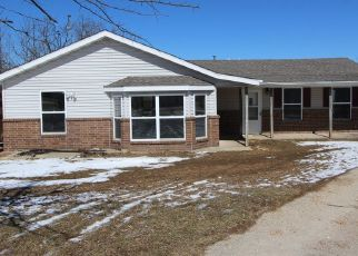 Foreclosed Home in Seymour 65746 N DIGGINS MAIN ST - Property ID: 4330608646
