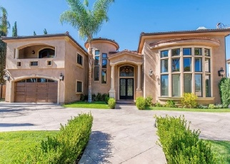 Foreclosed Home in Tarzana 91356 AURA AVE - Property ID: 4330702362