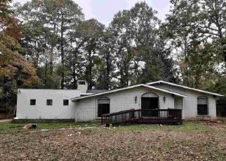 Foreclosed Home in Warner Robins 31088 CARTERWOODS DR - Property ID: 4330857856