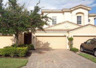 Foreclosed Home in Fort Myers 33966 CHERRYBROOK LOOP - Property ID: 4330930102