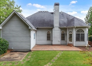 Foreclosed Home in Powder Springs 30127 OAKLEIGH MANOR DR - Property ID: 4330944568