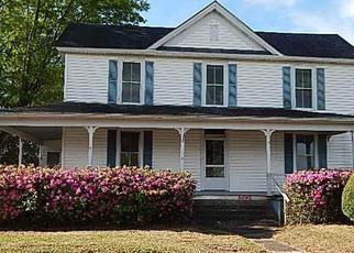 Foreclosed Home in Hookerton 28538 E MILL ST - Property ID: 4331030405