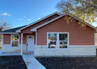 Foreclosed Home in San Antonio 78228 W LAUREL - Property ID: 4331077267