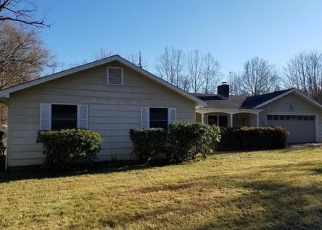 Foreclosed Home in Waynesville 28786 TIMOTHY LN - Property ID: 4331121508