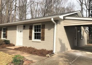 Foreclosed Home in Clemmons 27012 RAMHURST DR - Property ID: 4331131133