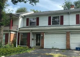 Foreclosed Home in Flint 48503 PENCOMBE PL - Property ID: 4331159165