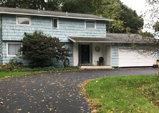 Foreclosed Home in Syracuse 13219 TREELAND CIR - Property ID: 4331265604