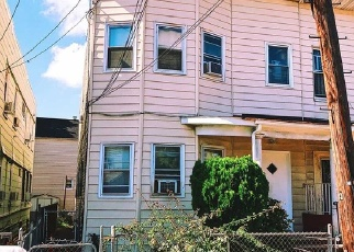 Foreclosed Home in South Richmond Hill 11419 125TH ST - Property ID: 4331272163