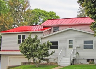 Foreclosed Home in Platteville 53818 W MADISON ST - Property ID: 4331310268