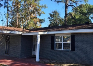 Foreclosed Home in Fort Walton Beach 32548 W AUDREY DR NW - Property ID: 4331432468
