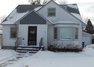 Foreclosed Home in Saint Paul 55104 ENGLEWOOD AVE - Property ID: 4331449102