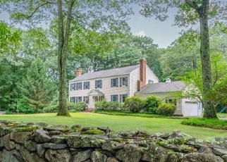 Foreclosed Home in Newtown 06470 WINDING BROOK RD - Property ID: 4331579182