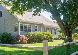 Foreclosed Home in South Dartmouth 02748 BREWSTER ST - Property ID: 4331587516