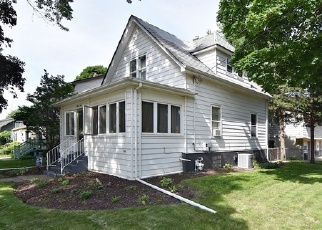 Foreclosed Home in Geneva 60134 RICHARDS ST - Property ID: 4331658908