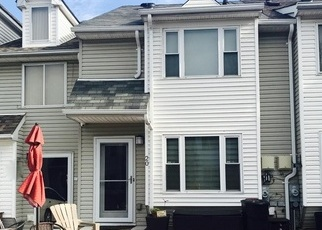 Foreclosed Home in Staten Island 10314 HIRSCH LN - Property ID: 4331662403