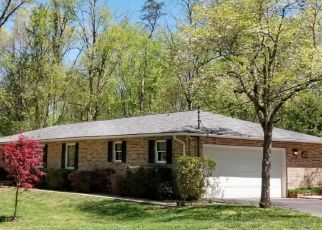 Foreclosed Home in Johnson City 37601 JOY DR - Property ID: 4331678161