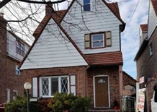 Foreclosed Home in Springfield Gardens 11413 227TH ST - Property ID: 4331781985