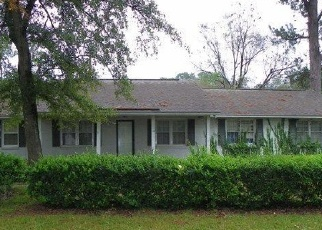 Foreclosed Home in Timmonsville 29161 S HILL RD - Property ID: 4331813510