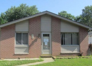 Foreclosed Home in Westland 48186 FERNWOOD ST - Property ID: 4331814831
