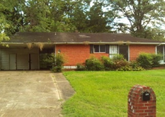 Foreclosed Home in Memphis 38116 GOODHAVEN DR - Property ID: 4332008400