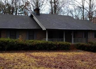 Foreclosed Home in Lilburn 30047 OAK RD SW - Property ID: 4332040373