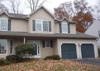 Foreclosed Home in Douglassville 19518 WOODBRIDGE LN - Property ID: 4332286965