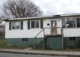 Foreclosed Home in Martinsburg 25404 N 3RD ST - Property ID: 4332360987