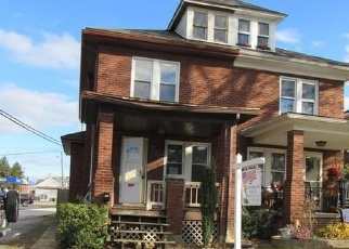 Foreclosed Home in York 17403 MIDLAND AVE - Property ID: 4332433681