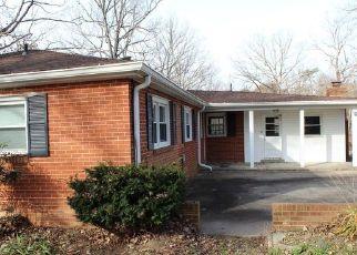 Foreclosed Home in Spotsylvania 22551 POST OAK RD - Property ID: 4332534858
