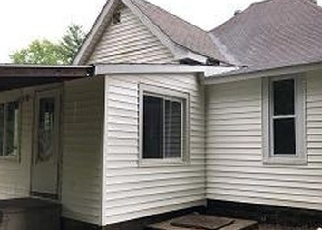 Foreclosed Home in Saint Francisville 62460 CLARK ST - Property ID: 4332600546