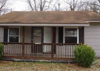 Foreclosed Home in Paducah 42003 SHELBOURNE ST - Property ID: 4332605810