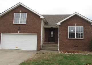Foreclosed Home in Clarksville 37042 MELISSA LN - Property ID: 4332607102