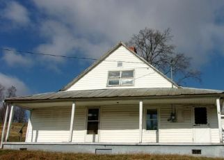 Foreclosed Home in Fall Branch 37656 BRANCH RD - Property ID: 4332620698