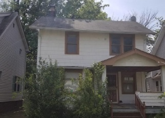 Foreclosed Home in Cleveland 44112 WICKFORD RD - Property ID: 4332638202