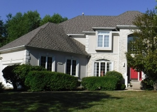 Foreclosed Home in Naperville 60564 EVERCREST CT - Property ID: 4332640850