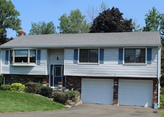 Foreclosed Home in Wethersfield 06109 GLENWOOD DR - Property ID: 4332654862