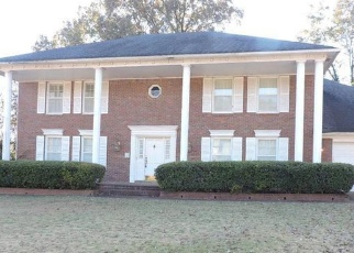 Foreclosed Home in Cordova 38016 HAMPTON COURT RD E - Property ID: 4332657930