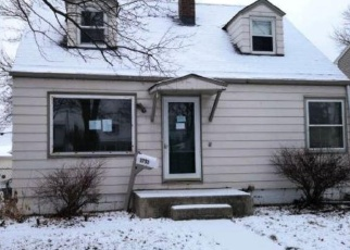 Foreclosed Home in Milwaukee 53222 N 98TH ST - Property ID: 4332685512
