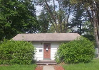 Foreclosed Home in Minneapolis 55420 CLINTON AVE S - Property ID: 4332735438
