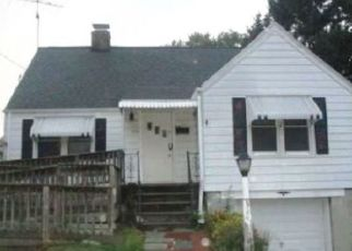 Foreclosed Home in Stratford 06614 REITTER ST - Property ID: 4332827865