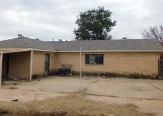 Foreclosed Home in Waco 76705 GRAM LN - Property ID: 4332915899
