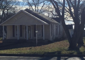 Foreclosed Home in Pana 62557 E 6TH ST - Property ID: 4332963176