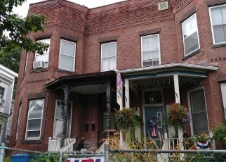 Foreclosed Home in Holyoke 01040 BEECH ST - Property ID: 4332968894