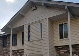 Foreclosed Home in Coram 11727 OSAGE CT - Property ID: 4332989466