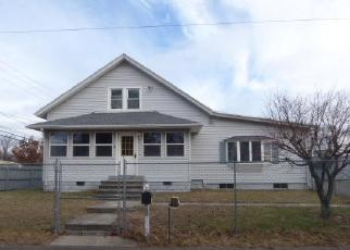 Foreclosed Home in Springfield 01104 OAKDALE ST - Property ID: 4333033707