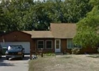 Foreclosed Home in Saint Paul 55112 JACKSON DR - Property ID: 4333127875