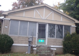 Foreclosed Home in Evansville 47711 N WEINBACH AVE - Property ID: 4333131813