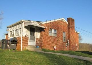 Foreclosed Home in Bristol 24202 GATE CITY HWY - Property ID: 4333156780
